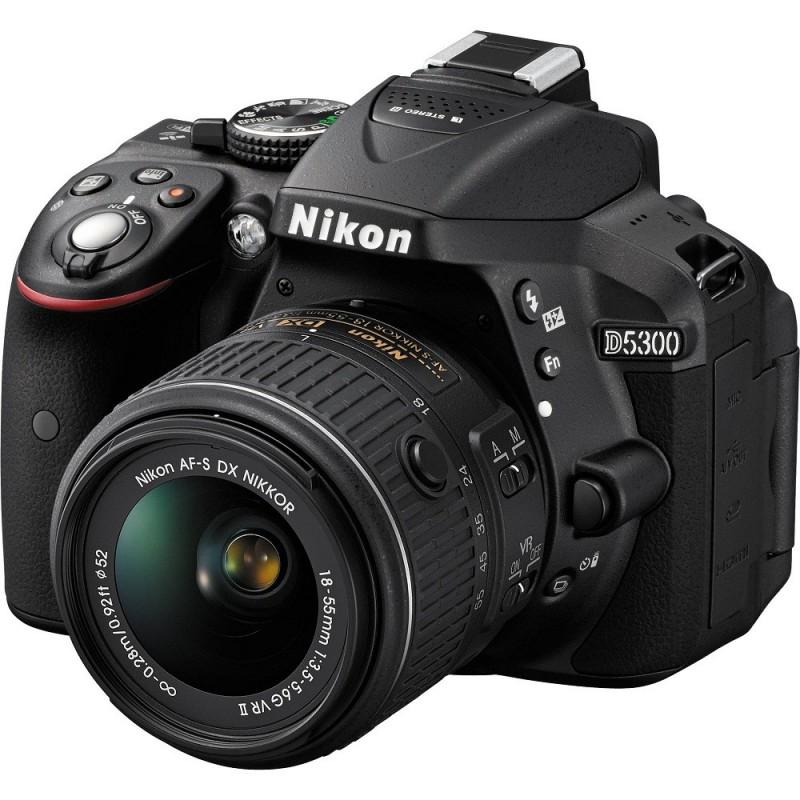 Réflex Numérique Nikon D5300 + Objectif Nikkor 18-55mm + Carte mémoire 32 Go + Etui Offerts
