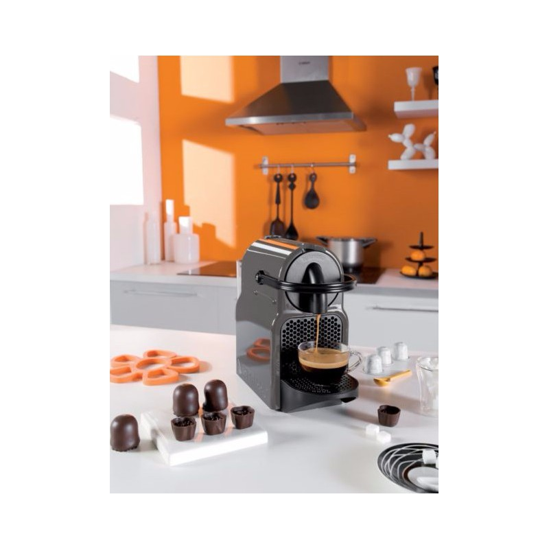 machine caf capsule inissia magimix gris. Black Bedroom Furniture Sets. Home Design Ideas